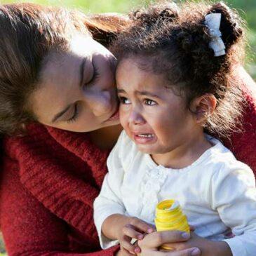 Decálogo para ayudar al niño que llora cuando lo dejas en la escuela